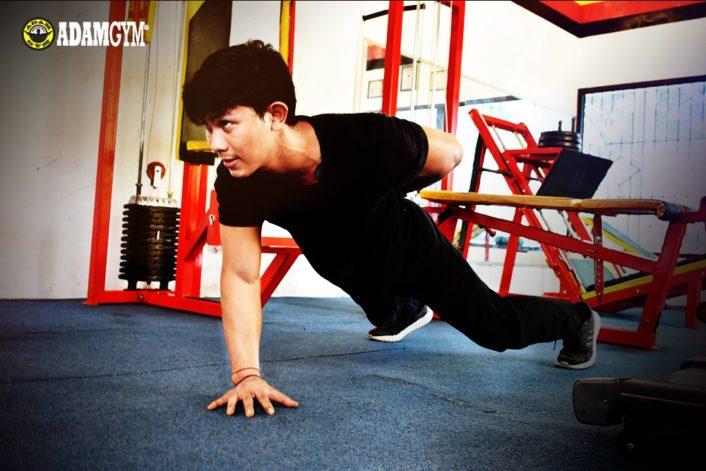 Rutinkan, Ini Manfaat Nyata Kalau Kamu Rajin Planking!!