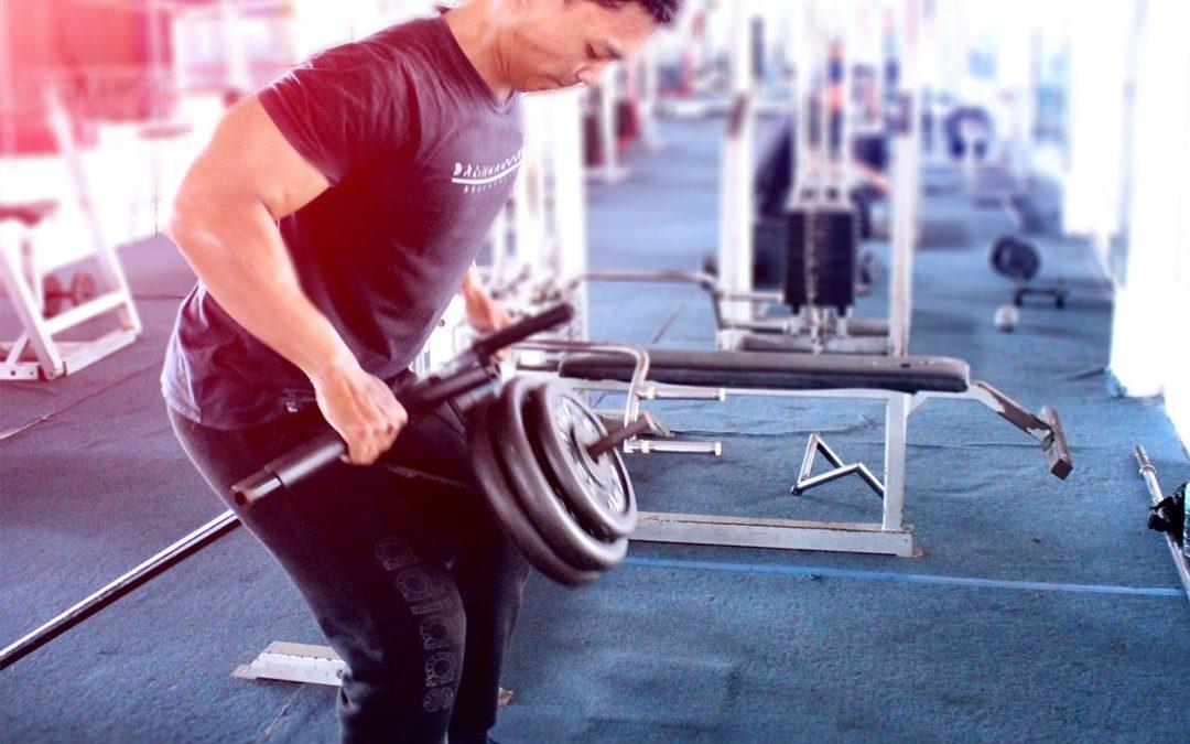 Maksimalkan Otot Dada Dengan Latihan Menggunakan Dumbbell